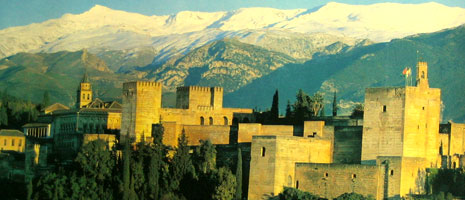 beautiful picture of the alhambra and sierra nevada
