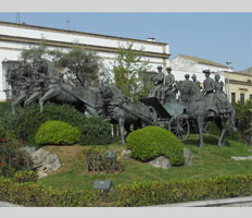 photography of the monument Caballo Andaluz